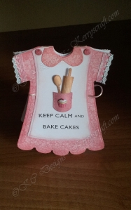 bake cakes dress card